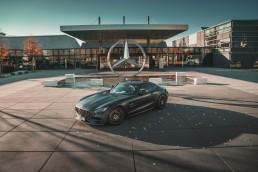 """Laut einer aktuellen Studie des Analyseunternehmens T4Media https://t4media.de/onebillionlikes/ hat Mercedes-Benz aktuell im November 2018 die magische Grenze von einer Milliarde """"Likes"""" geknackt – als erste unter den jährlich vom renommierten US-Markenberatungsunternehmen Interbrand ermittelten """"Best Global Brands 2018"""". Der Mercedes-AMG GT Edition 50 von Eigentümer und Influencer Tristan de St Ouen (@t1dso) zählt zu den bei den Fans beliebtesten Fahrzeugen auf dem globalen Instagram-Account von Mercedes-Benz (@mercedesbenz)."""