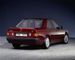 """Mercedes-Benz 190 E 1.8 (W 201), Ausstattungslinie """"Avantgarde Rosso"""" aus dem Jahr 1992."""