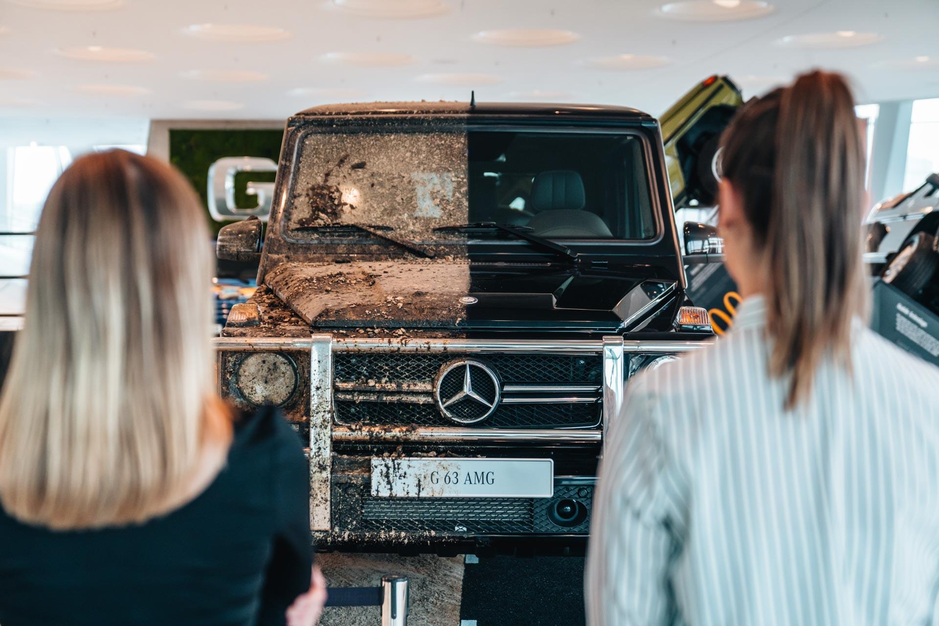"""Noch bis zum 19. April 2020 läuft die Sonderausstellung """"G-Schichten"""" zu 40 Jahre Mercedes-Benz G-Klasse im Collectionsraum 5 des Mercedes-Benz Museums, die im Oktober 2019 eröffnet wurde."""