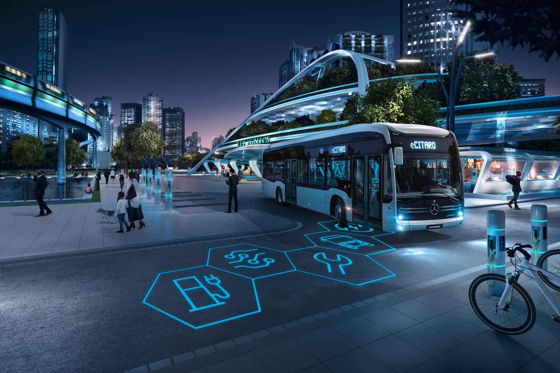 """Daimler Buses auf der Messe """"Busworld Europe"""" in Brüssel"""