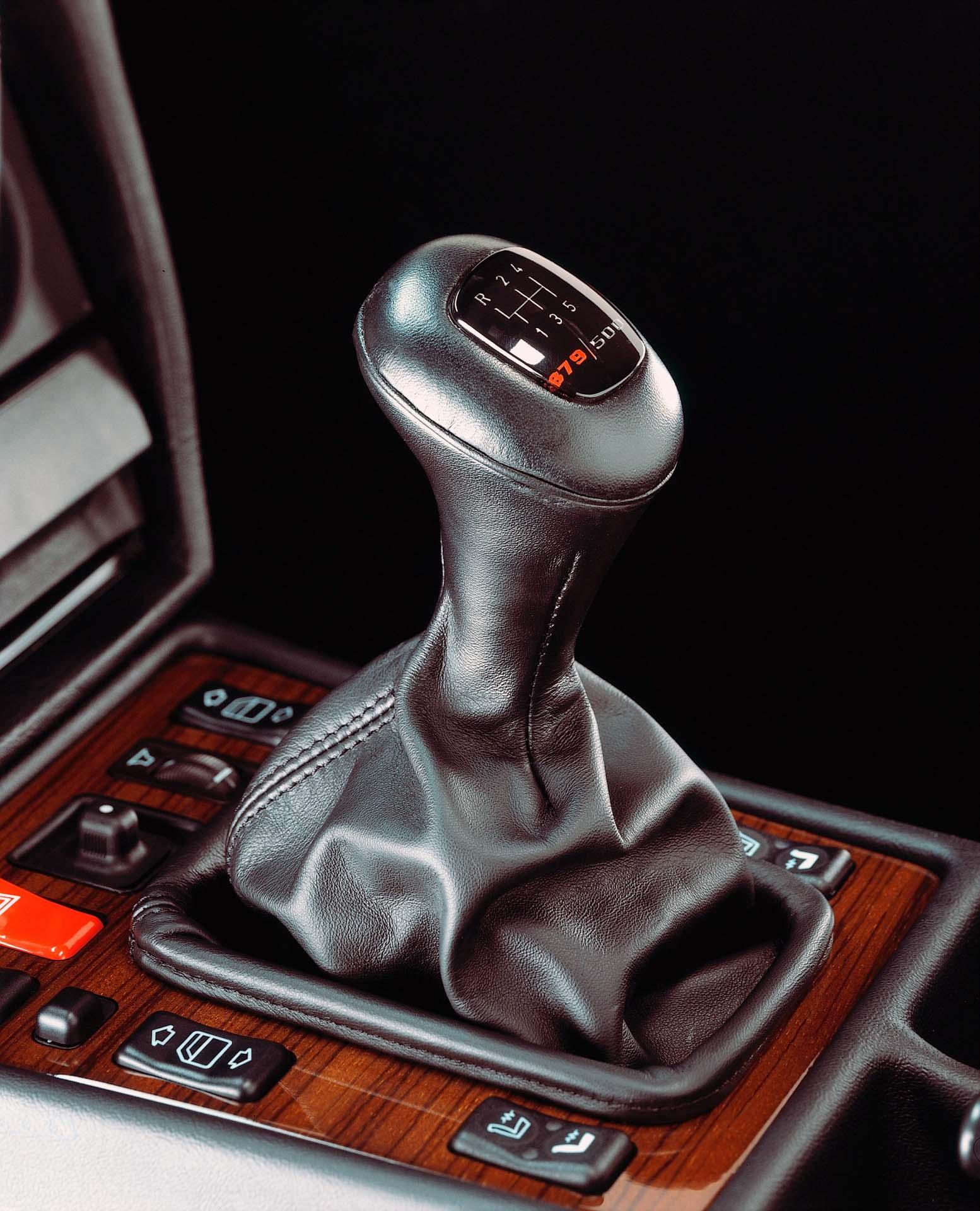 Mercedes-Benz 190 E 2.5-16 Evolution II, Interieur. Foto aus dem Jahr 1990.