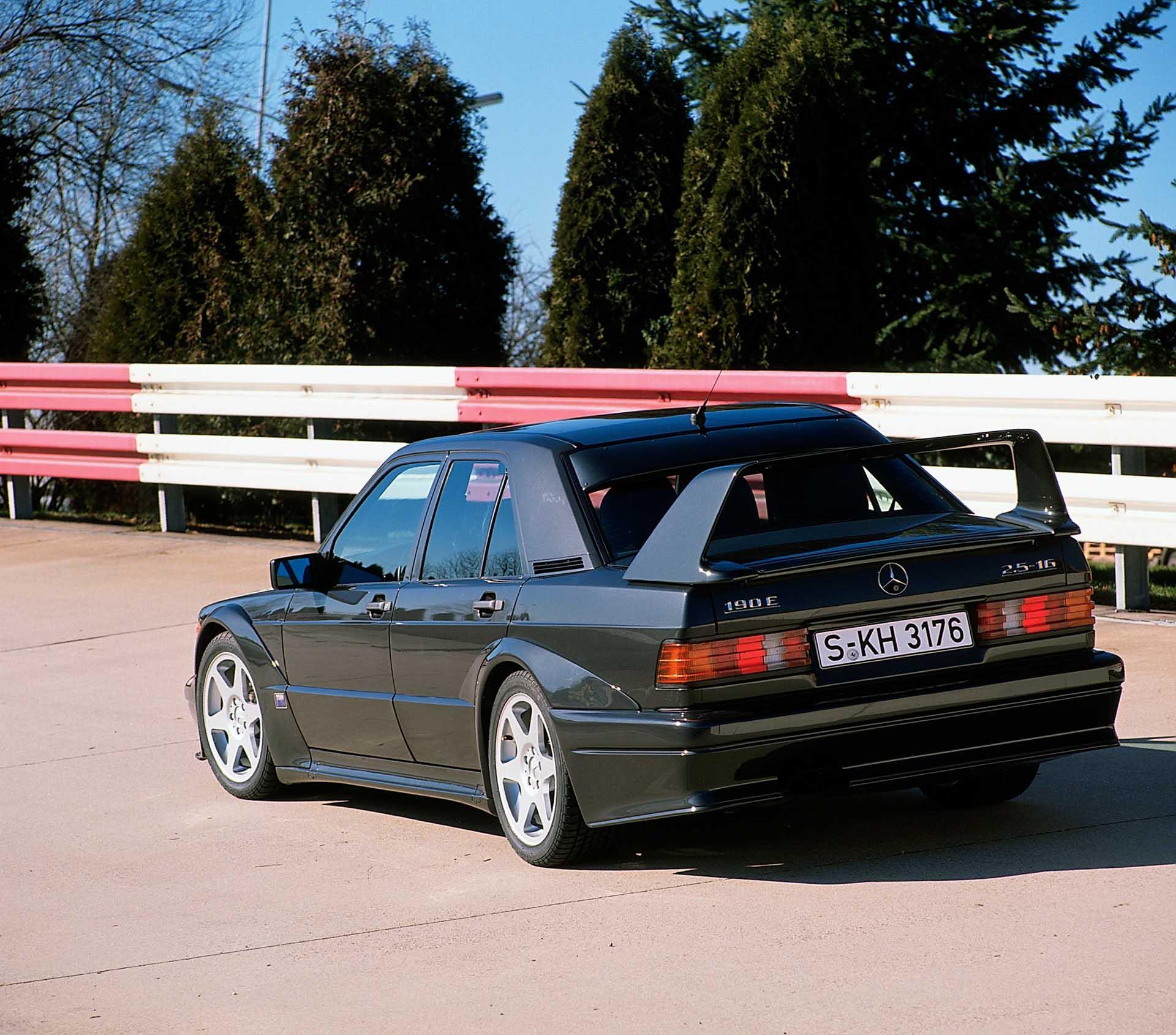 Mercedes-Benz 190 E 2.5-16 Evolution II, Exterieur. Foto aus dem Jahr 1990.