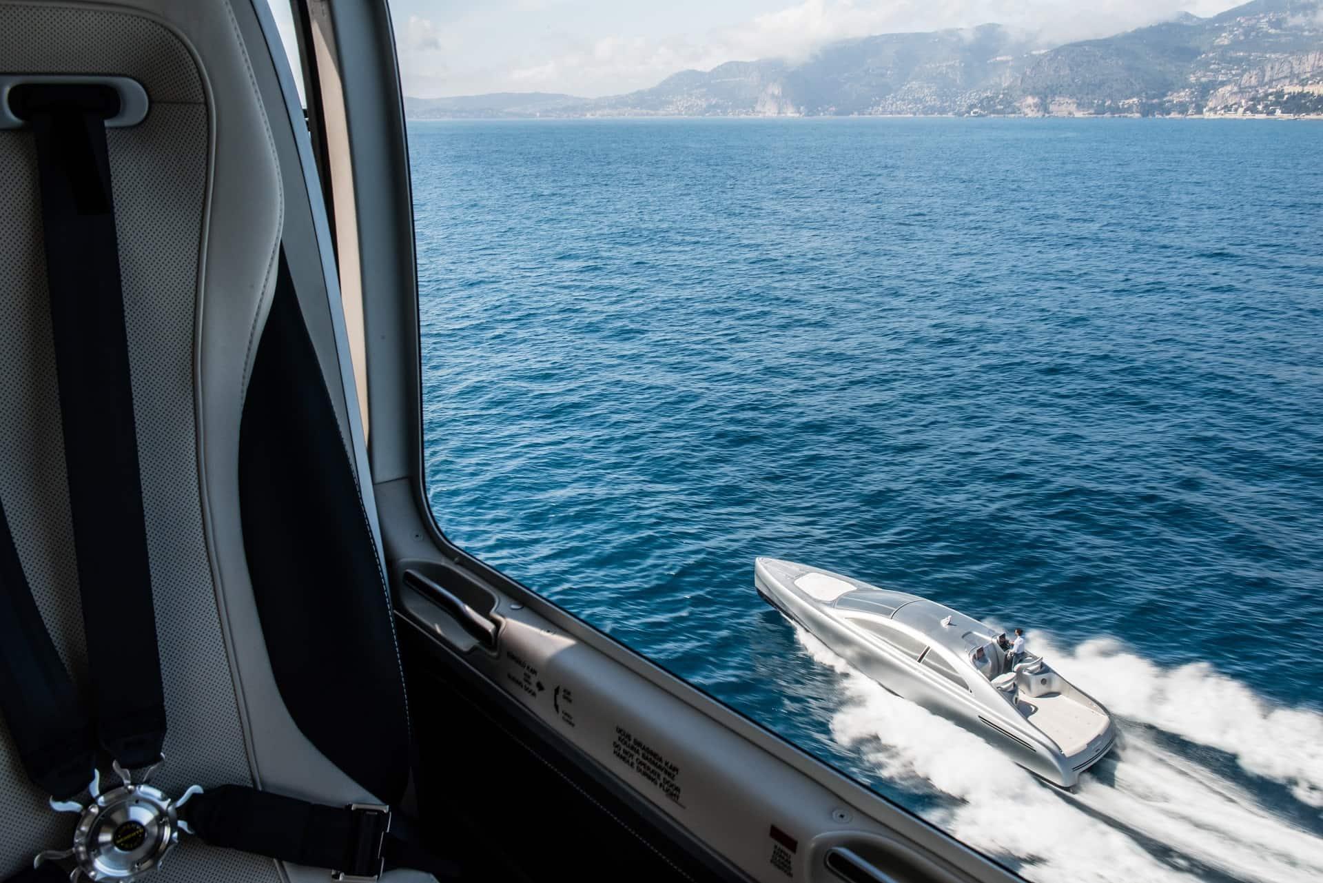 """Weltpremiere an der Côte d'Azur: Vor Nizza startete die von Mercedes-Benz Style gestaltete Luxus-Motoryacht """"Arrow460–Granturismo"""" von Silver Arrows Marine auf ihre Jungfernfahrt."""