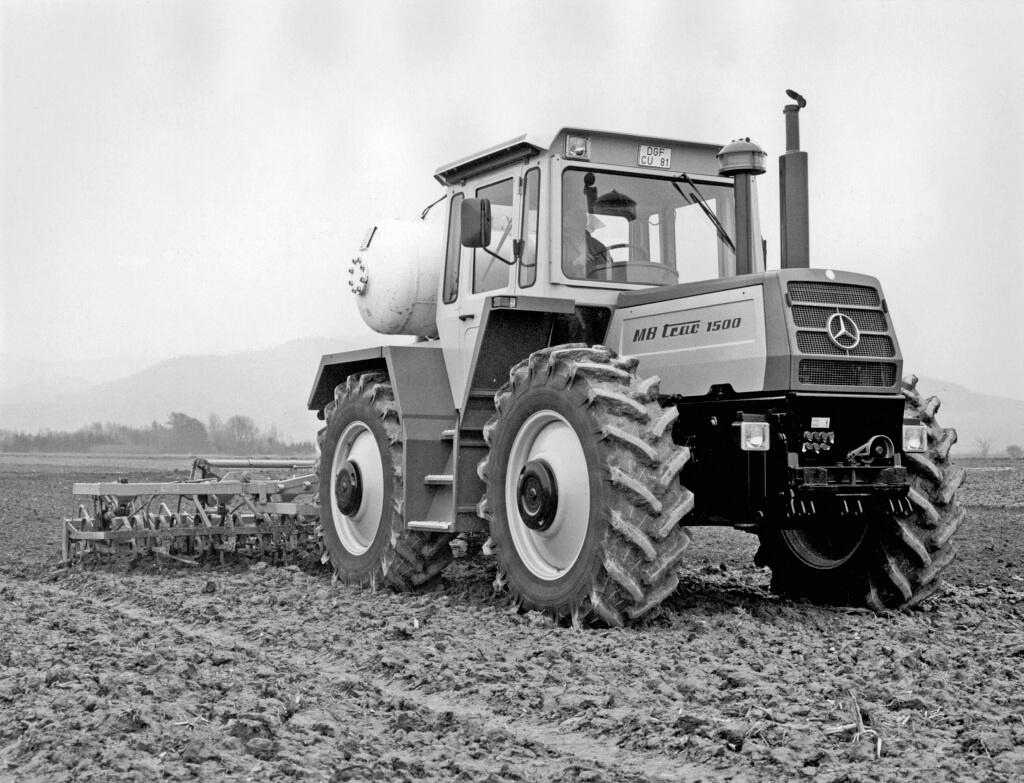 Mercedes-Benz MB-trac 1500 im landwirtschaftlichen Einsatz. Das damalige Topmodell wird 1980 vorgestellt.
