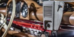 """Entertainment: Der """"Klangfilm""""-Lautsprecher ist eines von """"33 Extras"""" im Mercedes-Benz Museum. Im Autokino wurde er am Kabel durch Fenster gereicht und lieferte den Ton zum Film."""
