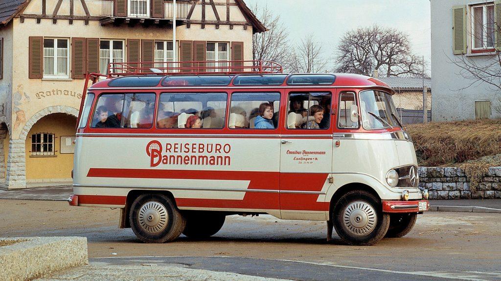Mercedes-Benz L - O319 (1962-1967).