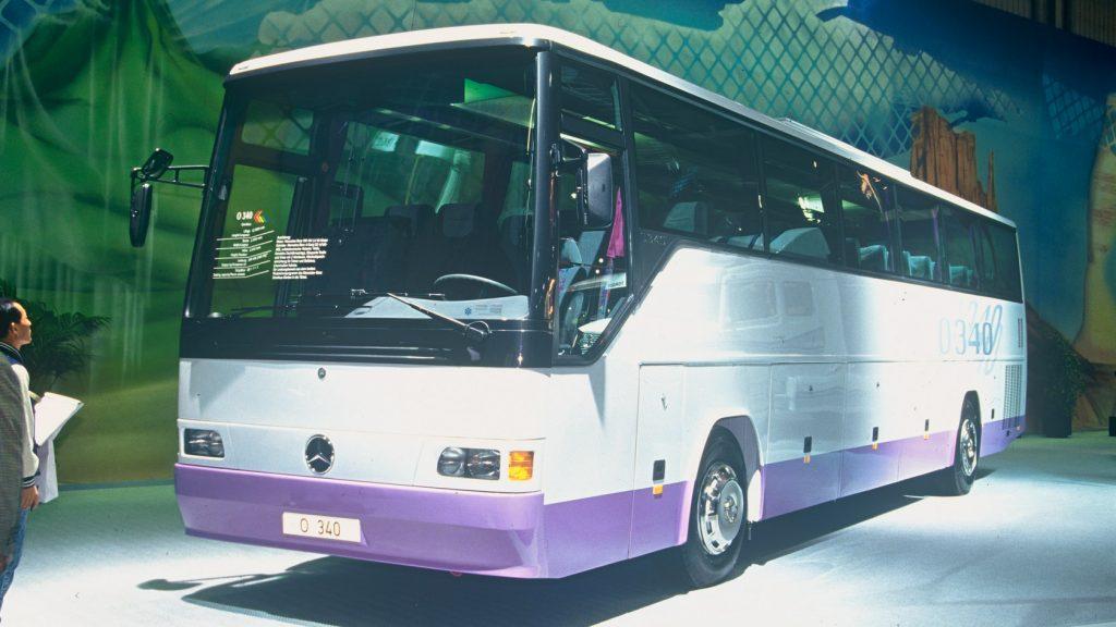 1992: Der Reisebus O 340.