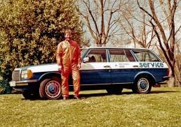 Mercedes-Benz T-Modell der Baureihe 123 als Servicefahrzeug. Foto aus dem Jahr 1978.