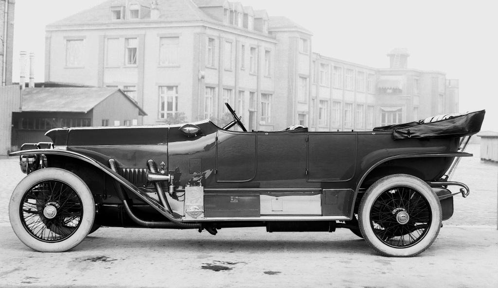 Benz 39/100 PS in der Version als offener Tourenwagen. Der Fahrzeugtyp wurde von 1912 bis 1920 gebaut.