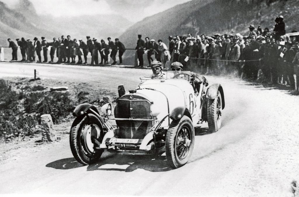 Klausenrennen, 9. bis 10. August 1930: Klassensieger in der Sportwagenwertung ist Rudolf Caracciola auf Mercedes-Benz SSK. (Fotosignatur der Mercedes-Benz Classic Archive: 378767sport2)