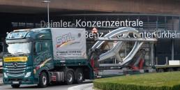 Mercedes-Stern vom Bahnhofsturm Stuttgart ist vorübergehend umgezogen zum Museum, März 2021