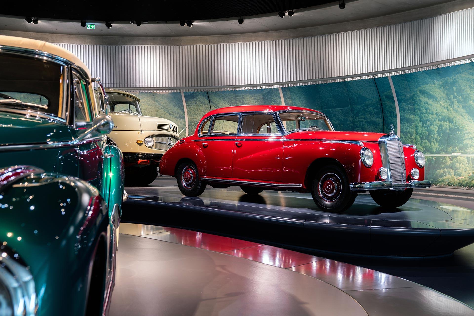 Mercedes-Benz 300 (W 186). Foto aus dem Mercedes-Benz Museum in Stuttgart.